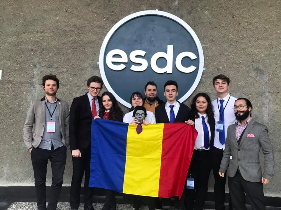 Lotul Național al României la dezbateri academice a câștigat Competiția Eurasiatică de Dezbateri 2020