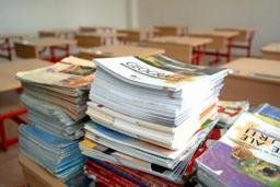 Ministrul Liviu Pop dă asigurări că manualele pentru cinci discipline din clasa a V-a vor fi livrate până la 11 octombrie