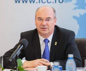 Proiecte în domeniul Educaţiei, de aproximativ 13 milioane de lei – semnate de preşedintele CJ Iaşi, la Ministerul Fondurilor Europene