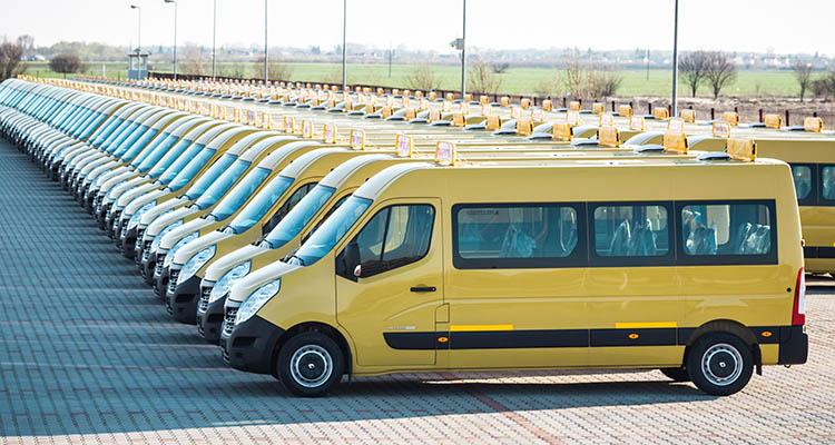 Şeful Inspectoratului Şcolar Botoşani: Toate microbuzele şcolare ar trebui înlocuite