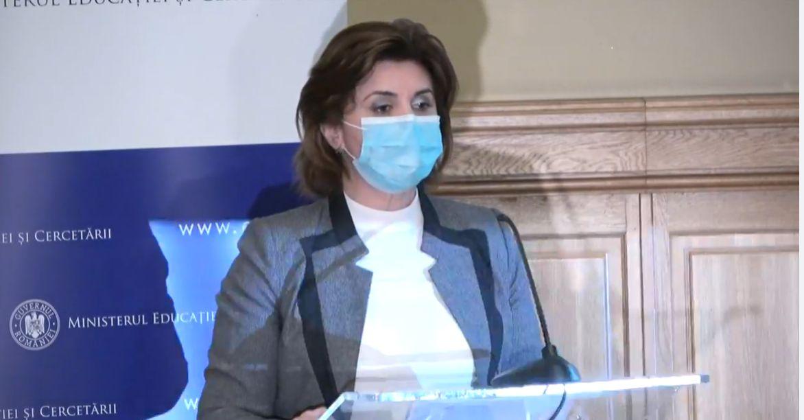 Monica Anisie: Planurile cadru trebuie să pună un semn de egalitate între profilul absolvenţilor şi nevoile societăţii