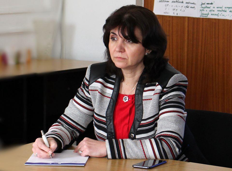 Ministrul Monica Ansie anunță anularea simulărilor examenelor naţionale