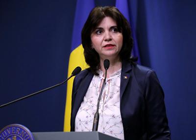 Monica Anisie: În scurt timp MEC va anunţa ce se va întâmpla cu examenele naţionale, când se vor relua cursurile