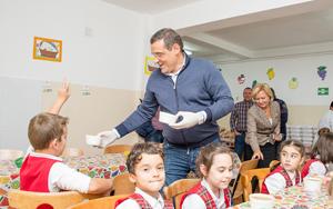 """Sectorul 6 va susţine financiar şi în anul şcolar 2017 – 2018 programul """"Şcoala după Şcoală"""""""