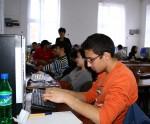 Elevii clujeni învață cum e să lucrezi într-o companie IT