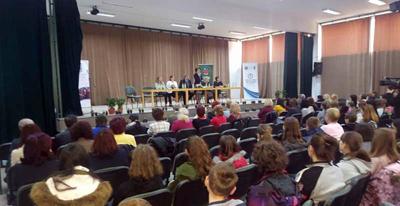 Peste 150 de elevi participă la etapa naţională a Olimpiadei de Limba şi literatura română pentru minorităţi şi diaspora