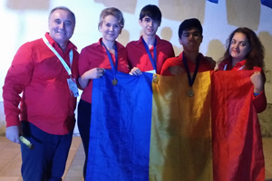 Două medalii de aur şi una de argint pentru elevii români la Olimpiada Internaţională de Geografie