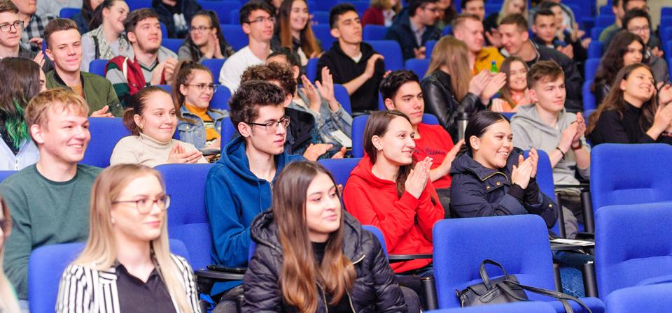 Activități extracurriculare pentru studenți și elevi la Facultatea de Matematică și Informatică,  Universitatea Ovidius din Constanța
