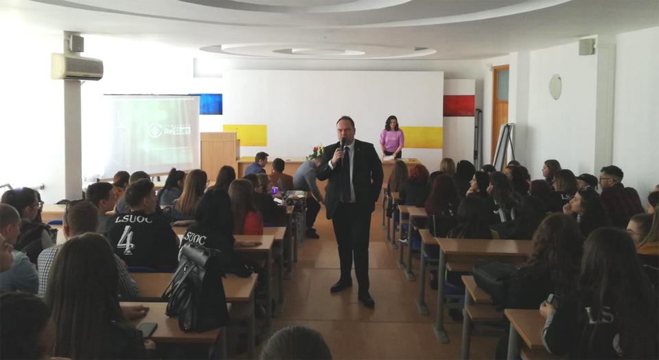 Prima editie a intalnirii anuale a studentilor voluntari din Universitatea Ovidius Constanta