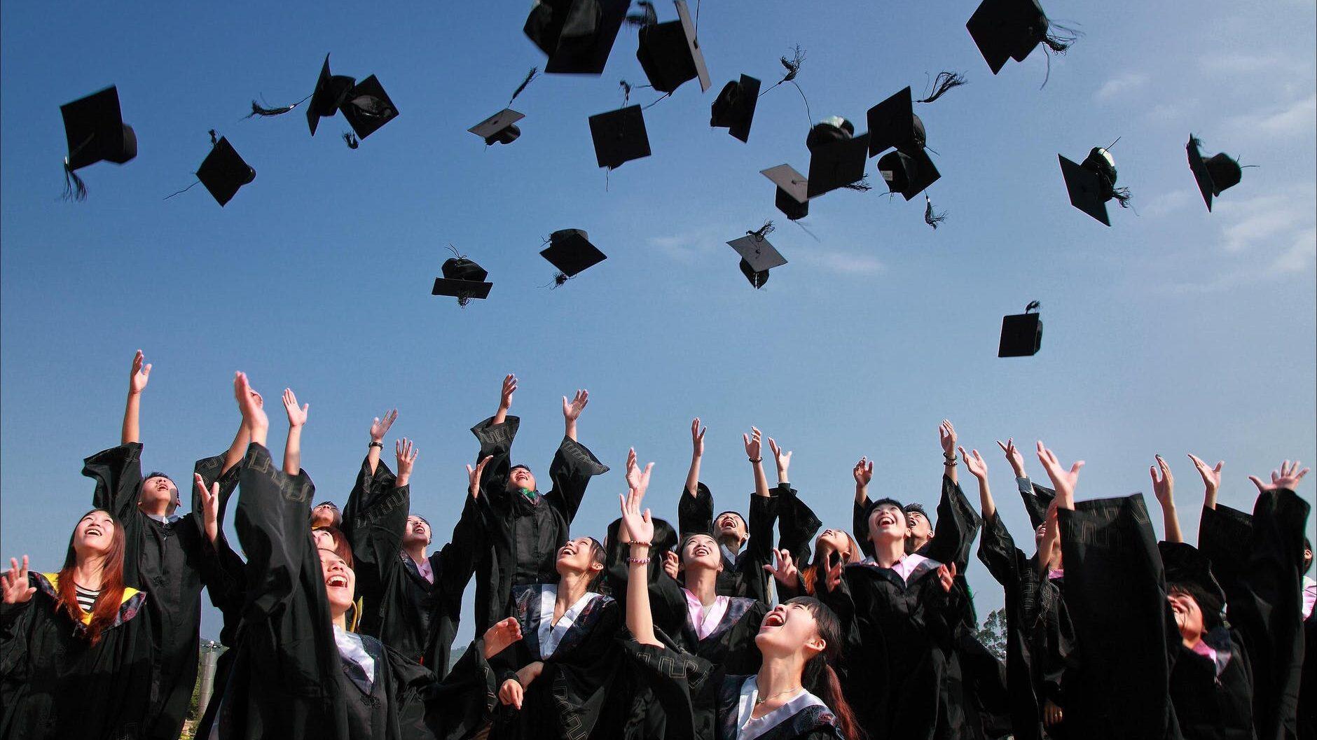 17 noiembrie – Ziua Internaţională a Studenţilor