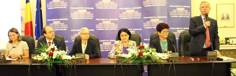 """63 de unități de învățământ au primit certificatul de """"Școală Europeană"""""""