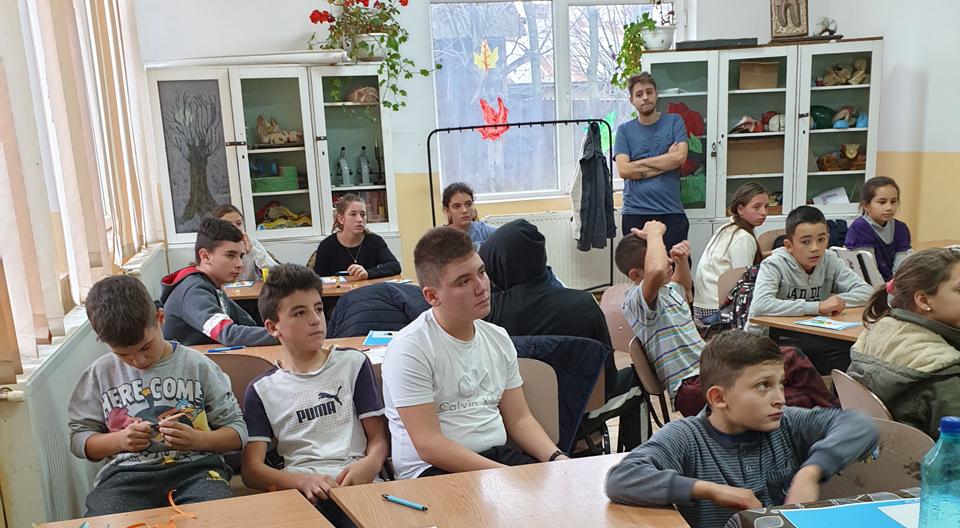 O iarnă plină de joc și cunoaștere în școlile din Dolj