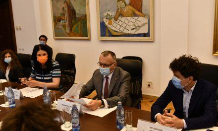"""Acordul privind """"Şcoala Profesională Metropolitană în sistem dual"""", semnat de PMB, primăriile de sector şi Inspectoratul Şcolar"""