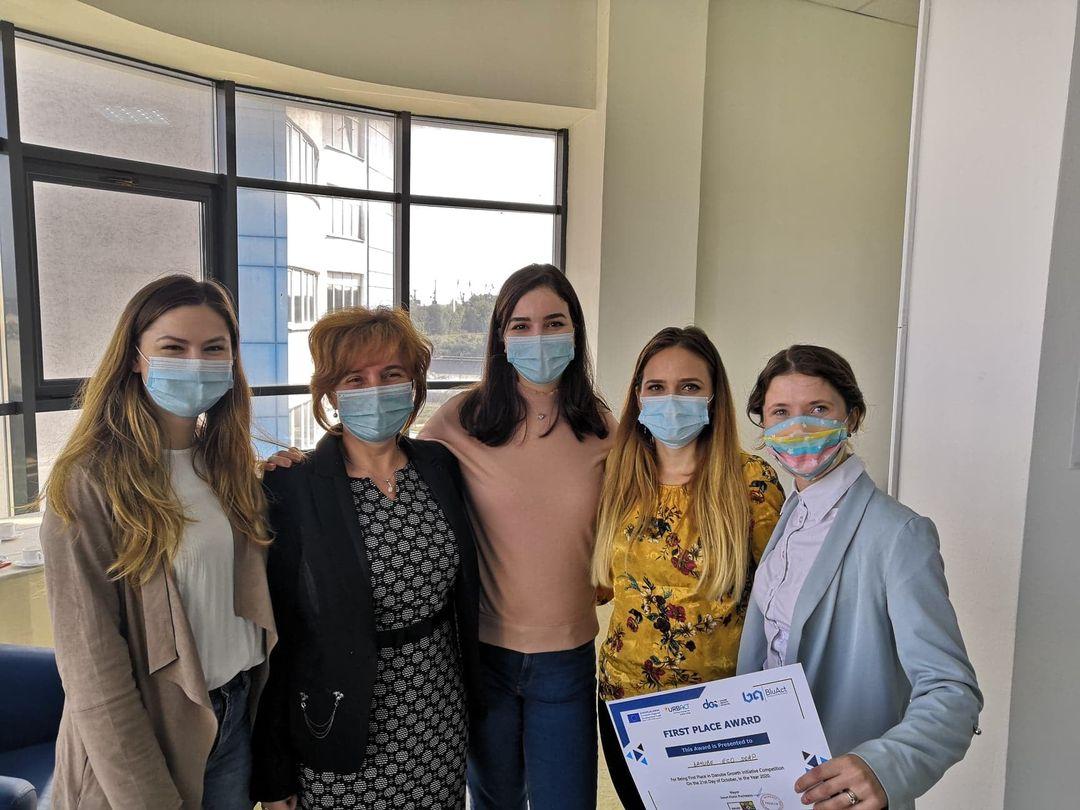 """O soluție inovativă a cercetătorilor de la Universitatea """"Dunărea de Jos"""" din Galați: Săpun din ulei alimentar rezidual"""