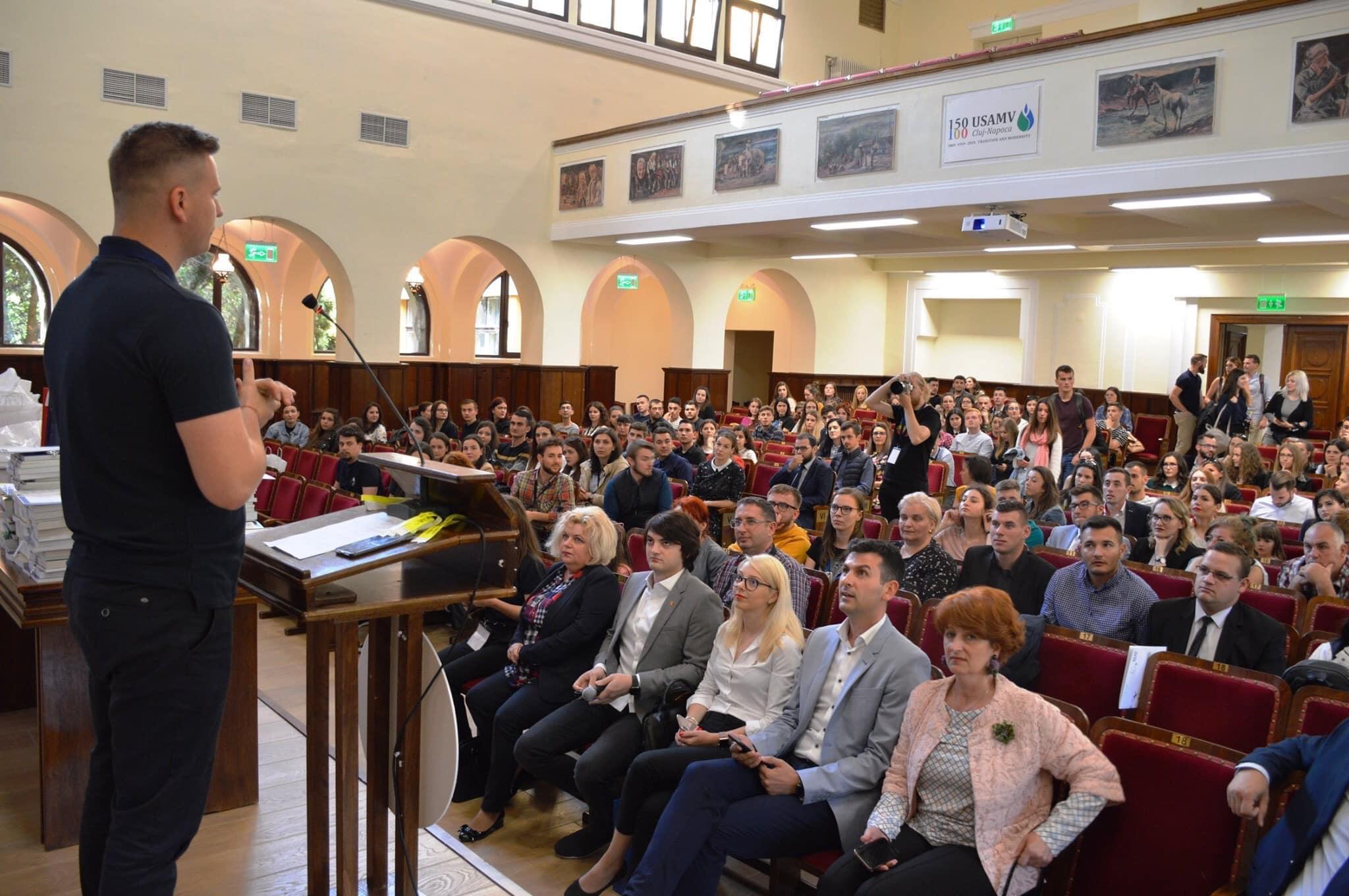 Peste 350 de lucrări înscrise la Simpozionul Studențesc al USAMV Cluj-Napoca, programat în mediul virtual