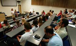 Studenţii solicită adoptarea în regim de urgenţă a amendamentului care le asigură participarea în proporţie de 25% la alegerea rectorului