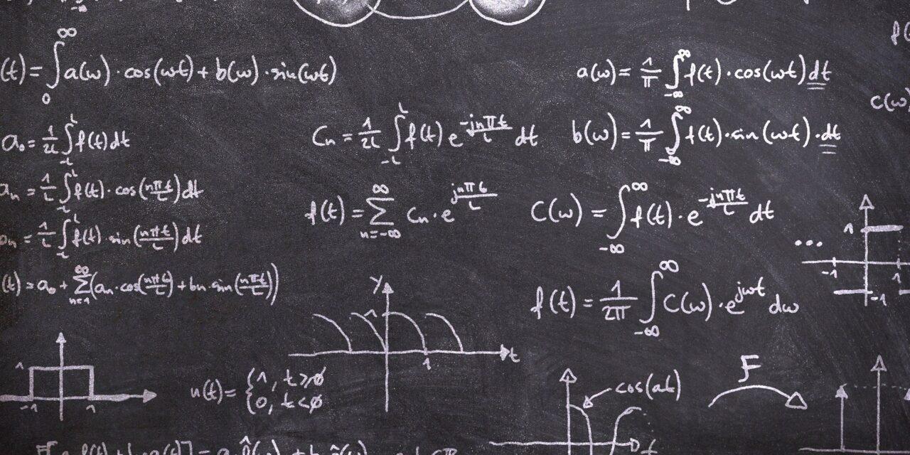 Camera Deputaţilor a stabilit că 10 ianuarie va fi Ziua Matematicii, Informaticii şi Ştiinţelor naturii