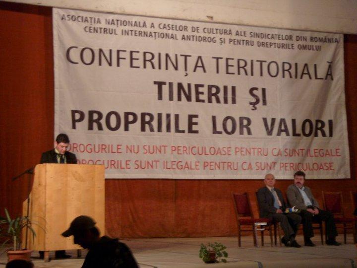 Elevi de la şcoli din Bucureşti vor fi informaţi privind problematica drogurilor