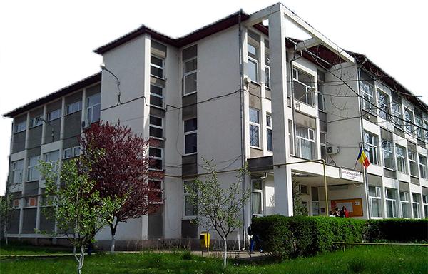 """Liceul """"Traian Lalescu"""" din Hunedoara va avea o clădire specială dedicată roboticii"""