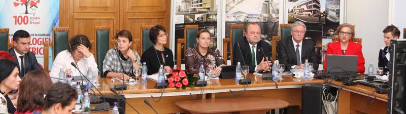 """""""Proiectul inimilor"""" a fost prezentat la UMF Iași Comisarului European Marianne Thyssen"""