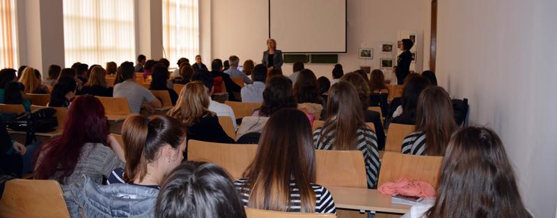 """A X-a ediție a Sesiunii Studențești de Comunicări Științifice """"Biodiversitate și Tinerețe"""" la Universitatea """"Vasile Alecsandri"""" din Bacău"""