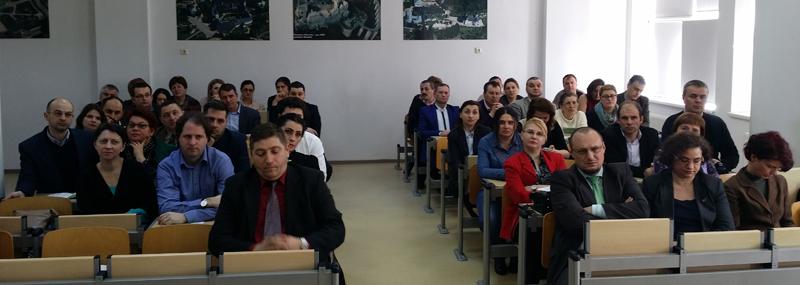 """Simpozion Naţional """"Probleme metodico-ştiinţifice în învăţământul istoric gimnazial şi liceal"""", la Universitatea """"Ștefan cel Mare"""" din Suceava"""