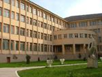 Numărul studenţilor la Universitatea Oradea a crescut cu 300, însă cel al masteranzilor a scăzut cu 150