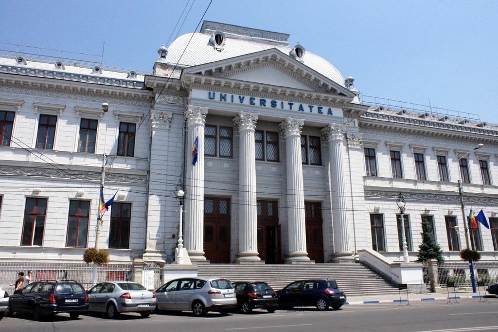 Peste 8.000 de candidaţi înscrişi pentru admiterea la Universitatea din Craiova, la  licenţă şi master