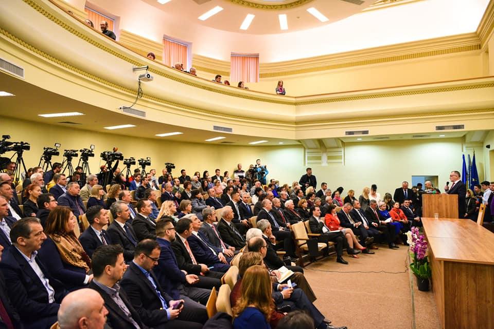 Universitatea de Ştiinţe Agronomice București a inaugurat primul spital universitar veterinar de urgenţă din România