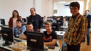 """Proiectul """"Arad – Smart City TOUR"""", în atenţia elevilor şi studenţilor UVVG"""