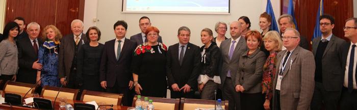Proiect vizând asistenţa maternală şi a copilului' lansat la Arad în prezenţa ministrului Sănătăţii