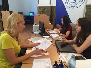 """Universitatea de Vest """"Vasile Goldiş"""" din Arad continuă înscrierile la toate specializările din cadrul celor şase facultăţi"""