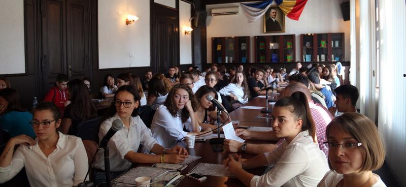 """Eveniment științific internațional organizat de Universitatea de Vest """"Vasile Goldiș"""" din Arad: """"De la istorie naturală la metafizica naturii"""""""