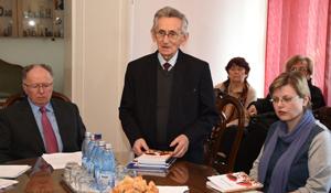 """Eveniment literar găzduit de Casa Universitarilor și Studenților a Universităţii de Vest """"Vasile Goldiş"""""""