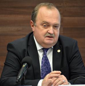 Actualul rector al UMF Iaşi a primit încă un mandat în urma unui scrutin de vot